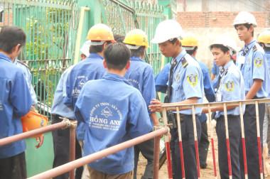 Bảo vệ công trình xây dựng, nhà xưởng