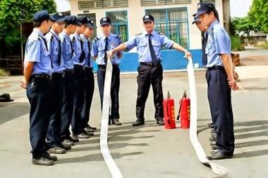 Huấn luyện nghiệp vụ bảo vệ